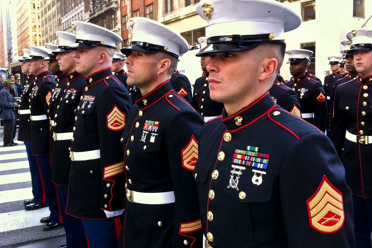 marine corps ranks enlisted and officer relationship